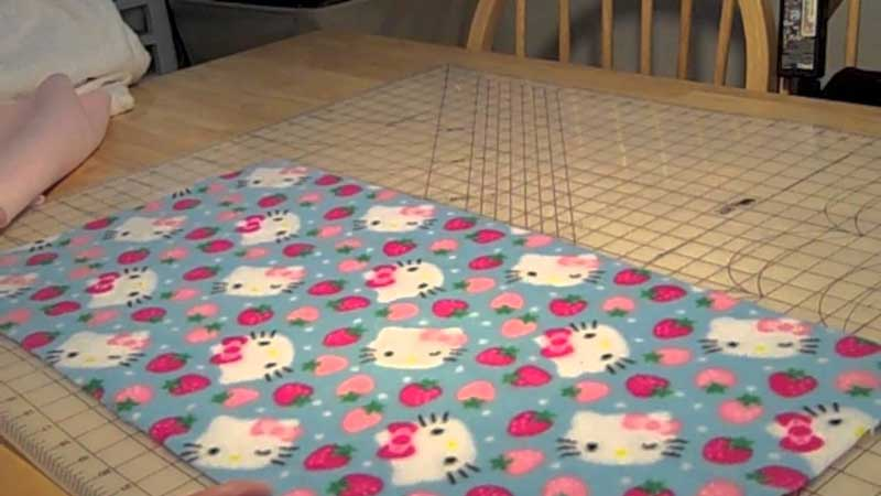 How-To-Make-A-Fleece-Bedding-For-A-Guinea-Pig